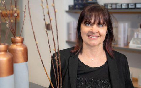 Kirsten van Oorschot Friseur Mönchengladbach Kuperglanz